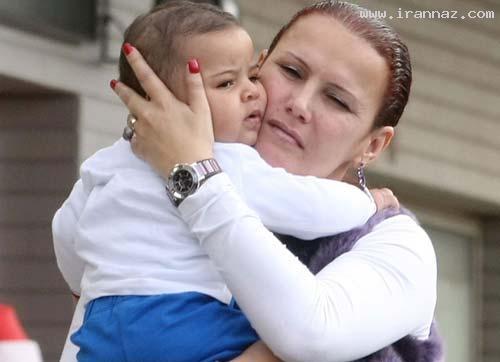 انتشار عکس برهنه خواهر رونالدو در یک مجله+تصاویر