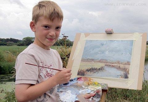 کودکی 9 ساله و نابغه که فقط پول پارو میکند! +عکس