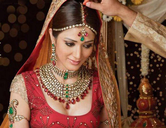 عکس های بسیار زیبا از آرایش عروس های هندی
