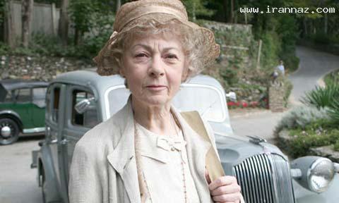 زن نویسنده و میلیاردر معروفی که سواد ندارد +عکس