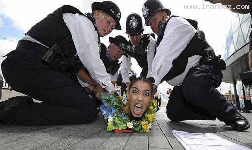 اقدام ضد اسلامی زنان برهنه در المپیک لندن +تصاویر