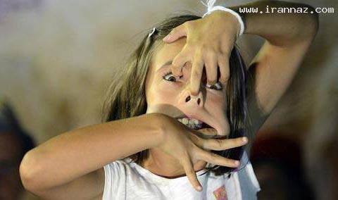 این دختر برنده مسابقه زشت ترین شکلک شد+عکس