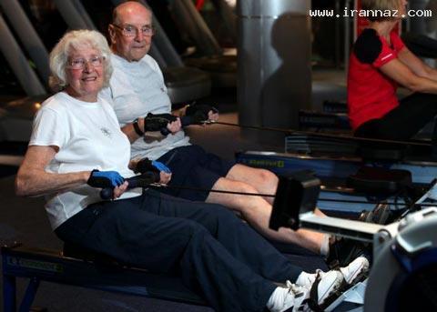 تعجب مردم از این زوج عاشق با 80 سال سن +عکس