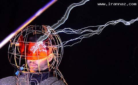 72 ساعت اتصال مردی به 1میلیون ولت برق (+تصاویر)