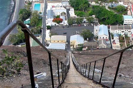 طولانی و عجیب ترین راه پله مستقیم جهان (+عکس)