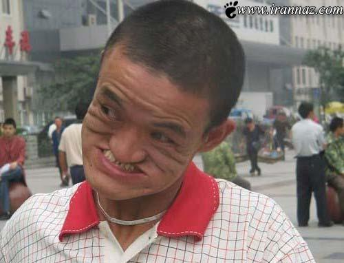 عکس هایی از کار خارق العاده و خنده دار یک مرد چینی