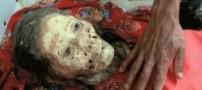 رسوم بسیار عجیب تعویض لباس مردگان در آسیا