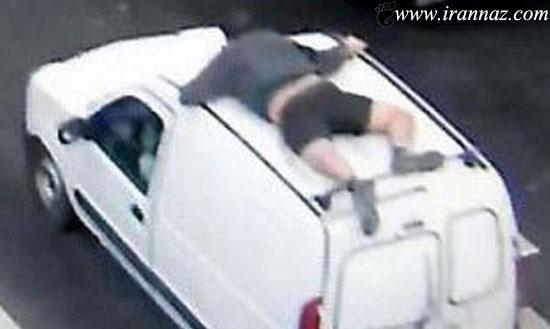 تعقیب و گریز جالب مردی نیمه برهنه با دزدان (عکس)