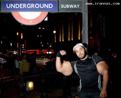 عکس هایی از مردی با عجیب و بزرگترین بازو در جهان