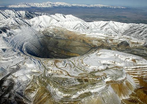 عکس های ترسناک ترین و زیباترین حفره های جهان!! / www.irannaz.com