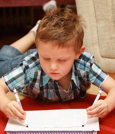 توانایی بسیار عجیب این پسر بخاطر بیماری (عکس)