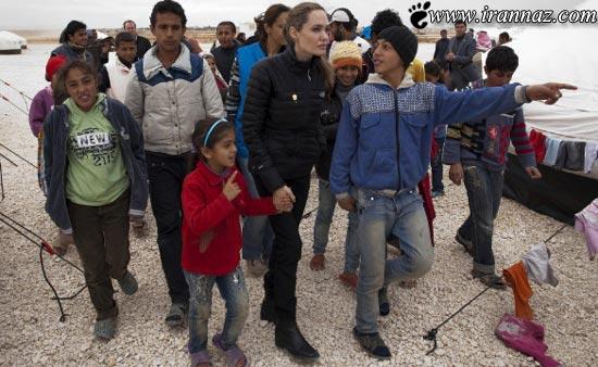 عکسی از آنجلینا جولی در میان پناهندگان سوری