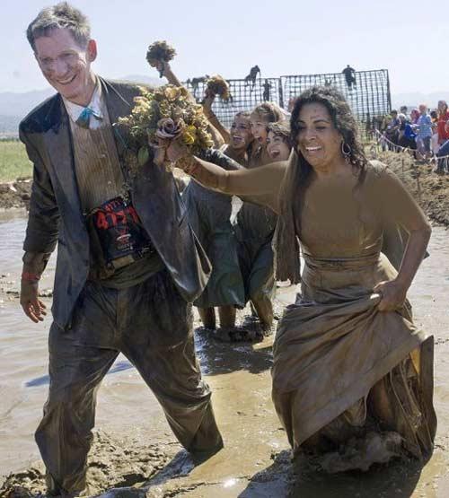 عکس های خنده دار دیوانه ترین عروس و دامادهای دنیا