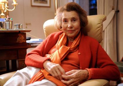 پولدار ترین پیر زن های دنیا (+عکس)