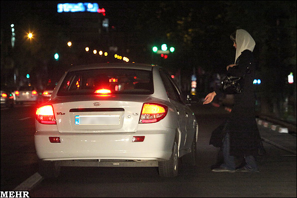 عکس هایی از زنان خیابانی تهران و خطر ایدز!!
