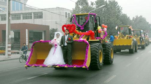 عجیب ترین و با مزه ترین ماشین عروس