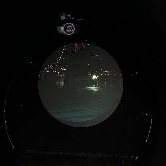 مشاهده نیویورک از لندن به کمک آینه زیر اقیانوس