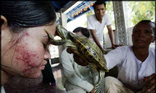 عکس هایی از درمان بسیار عجیب بیماری ها