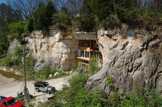 عکس های خانه بی نظیری ساخته شده در غار