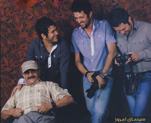 عکسهای سیاوش خیرابی با پدر و برادرانش