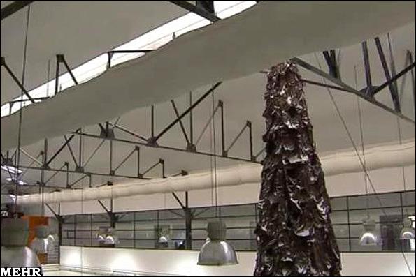 بزرگترین درخت کریسمس شکلاتی برای کمک به مطالعات پزشکی