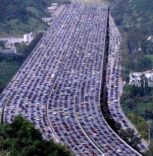شما قضاوت کنید (تفاوت رانندگی در ایران و اروپا)