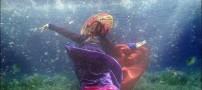عکس های دیدنی جشنواره مد دختران در زیر آب