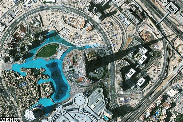 تصویر ماهواره ای از بلندترین ترین برج جهان