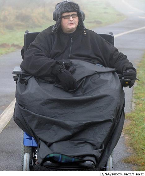 سنگین ترین مرد جهان،127كیلو کم کرد و راه رفت!