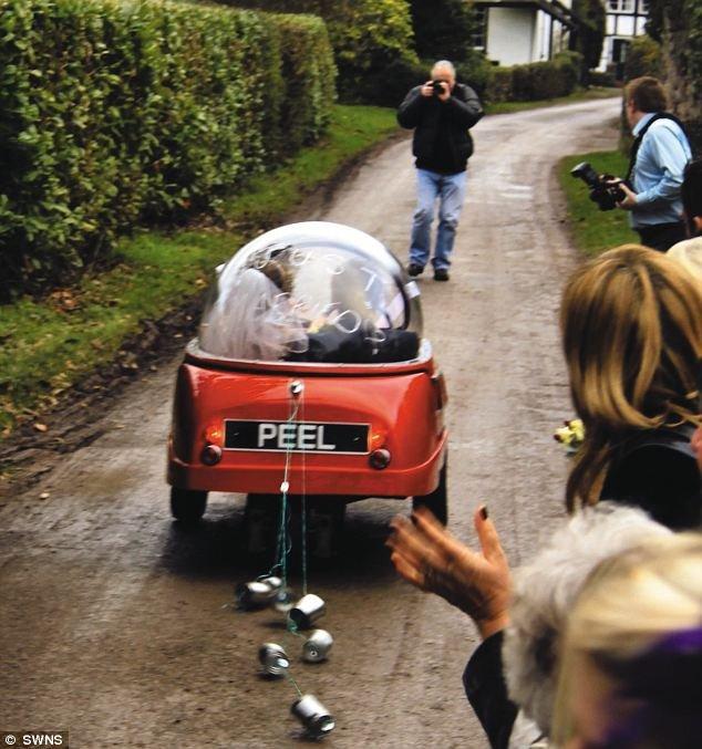 عکس هایی جالب از کوچک ترین ماشین عروس دنیا