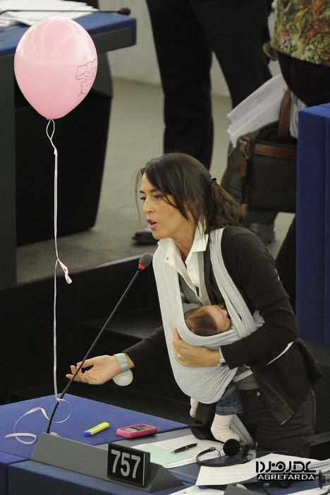 خبر ساز ترین زنان سال 2010 (تصویری)