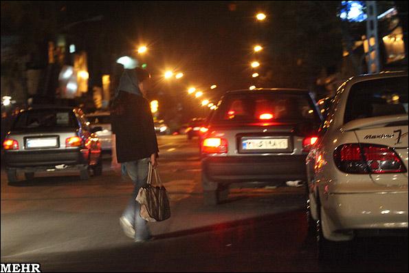 زنان خیابانی و خیابانهای بالای شهر (تصویری)