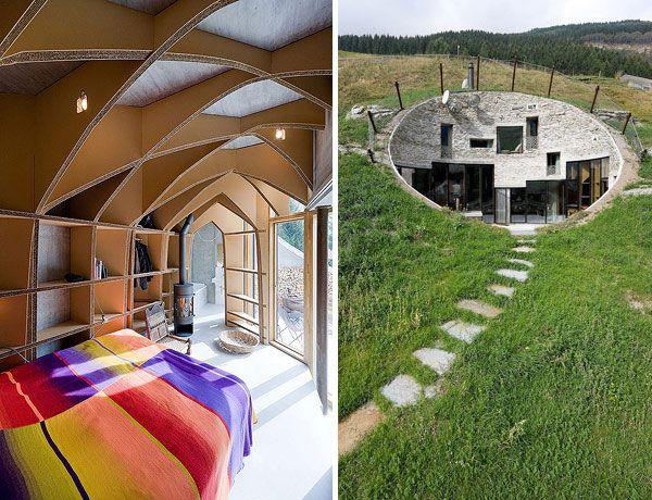 عکسهایی از خانه ای ساخته شده در زیر خاکهای تپه